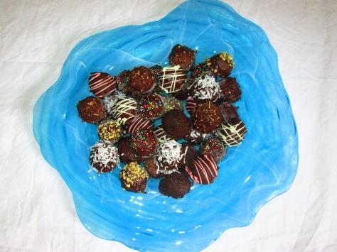 chocolate covered cake bites