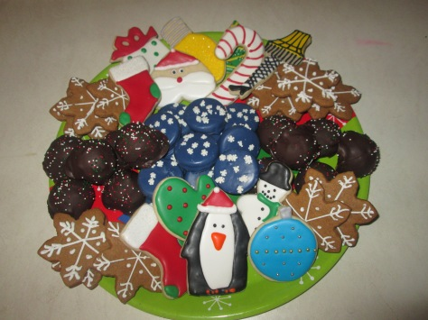 dec cakes and cookies 2014 025